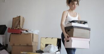 SIX DECLUTTERING METHODS WITHOUT THROWING OUT SOMETHING